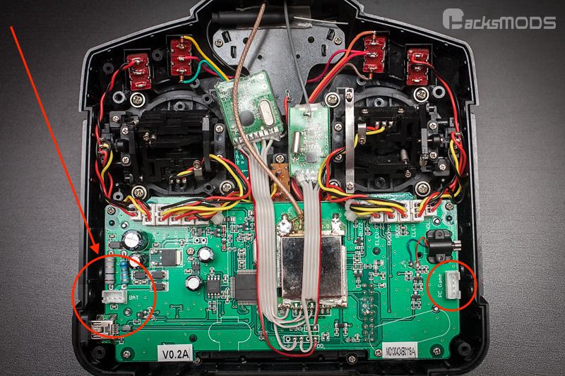 Devo_7e_NRF24L01_A7105_module_installed.jpg